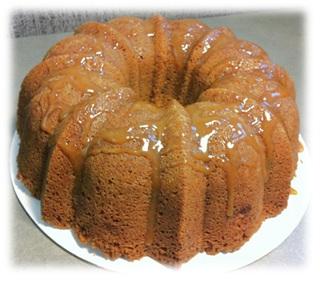 Fresh Caramel Apple Pound Cake