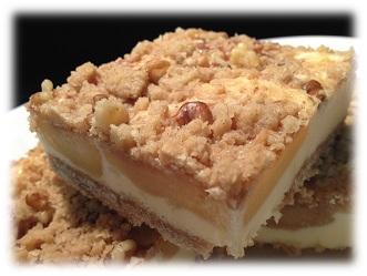 apple streusel cheesecake bars.jpg3.jpgframed