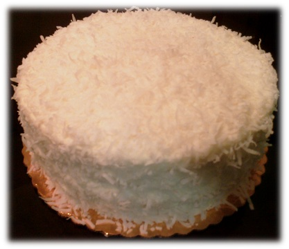 coconut-cake-with-filling